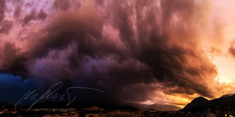 Gewitter, Wolken, Sommergewitter, Innsbruck, Alpen, Tirol, Österreich
