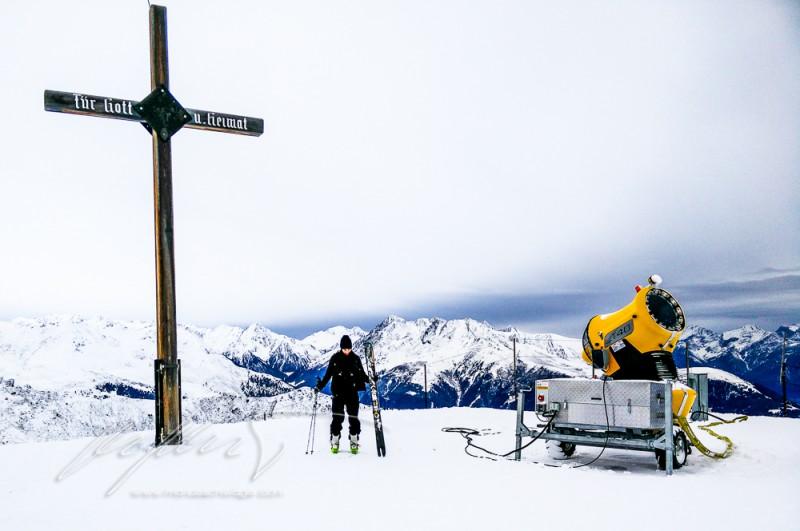 pray for snow, innsbruck, early season, low snow year, tirol, tyrol, inntal, innvallesy, stubaistattdubai, lanser alm, nordkette